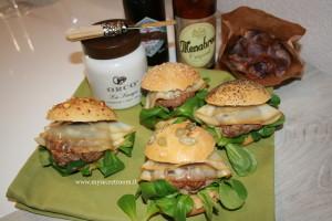 Hamburger Gourmet più ricetta dei panini Burger Buns