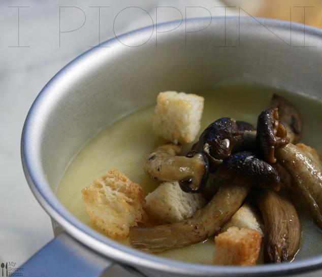 vellutata con patate porri e pioppini_2_my secret room blog_ Maria Teresa Calce