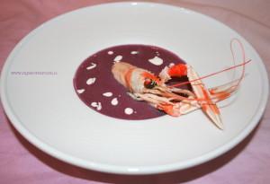 vellutata di carote viola con scampi