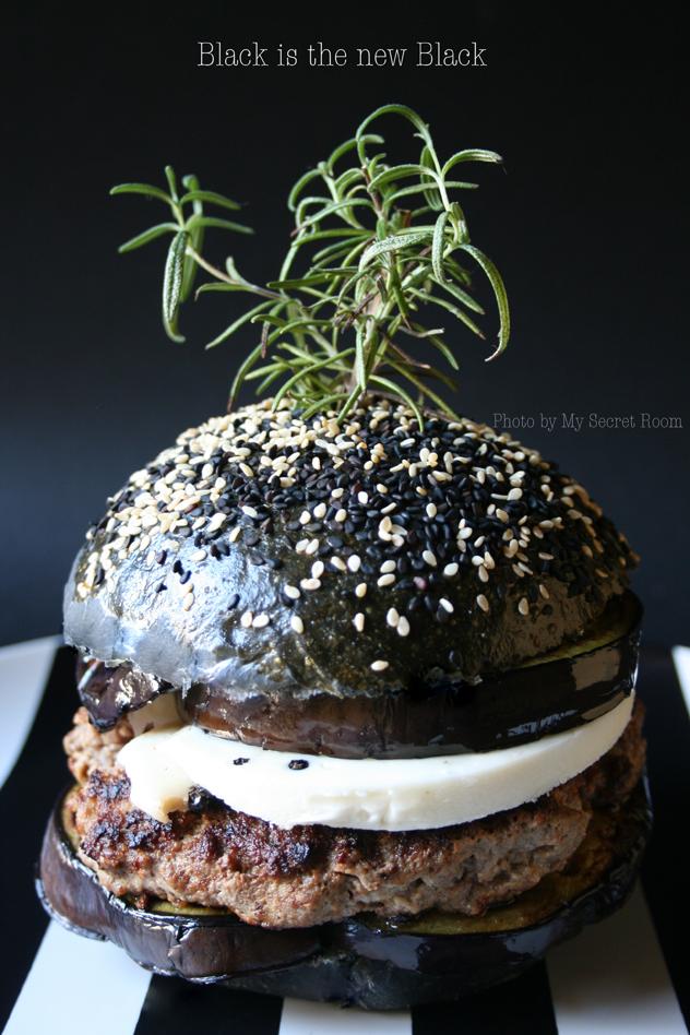 black burger buns 3